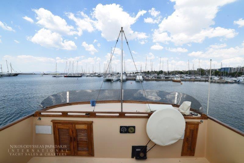 Grandbank Trawler Eurobanker 44 – YachtGreece com